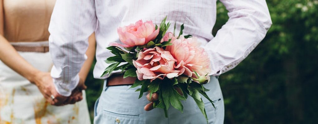 Flowers, the Perfect Shot at Winning your Woman's Heart
